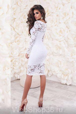 Модное очень красивое белое коктейльное кружевное платье
